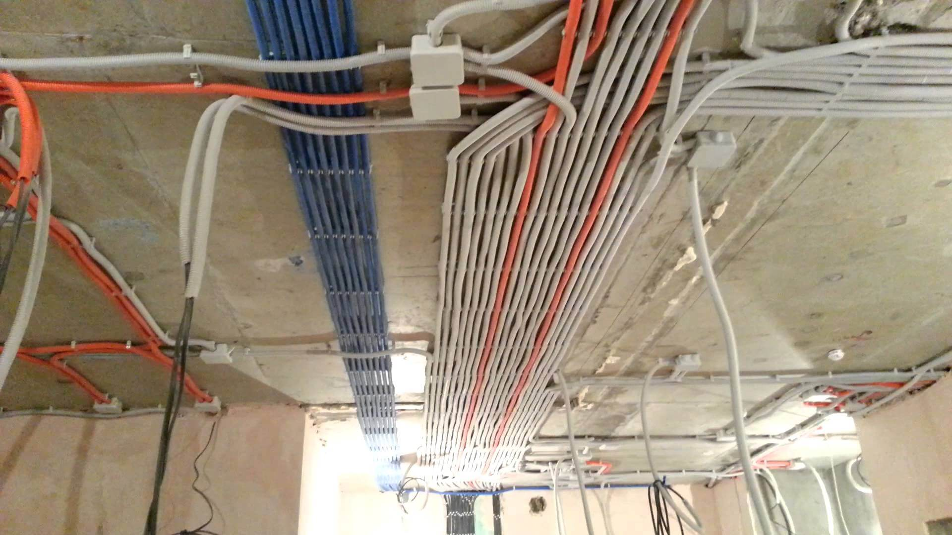 схема электропроводки топас